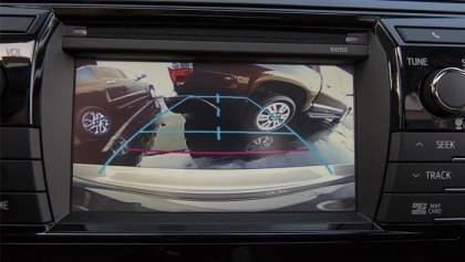 New cars will be have rear-view cameras by 2018