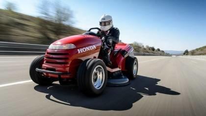 The Worlds fastest Lawnmower
