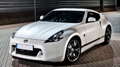 What do you know about Nissan 370z?