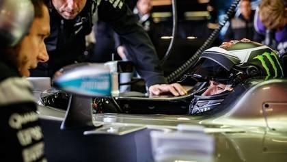 Lorenzo gets first taste of F1