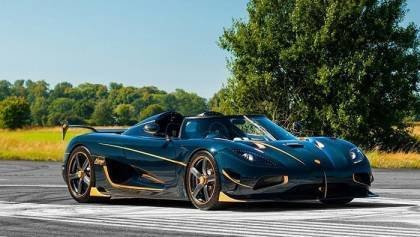 Blue Carbon Koenigsegg Agera RS