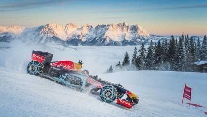 F1 Car On Snow - Video