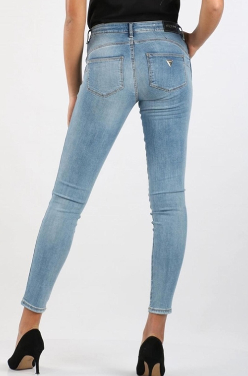 Women's Ultra Curve Denim