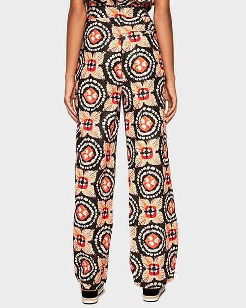 Women's Meriut Fabric Tro