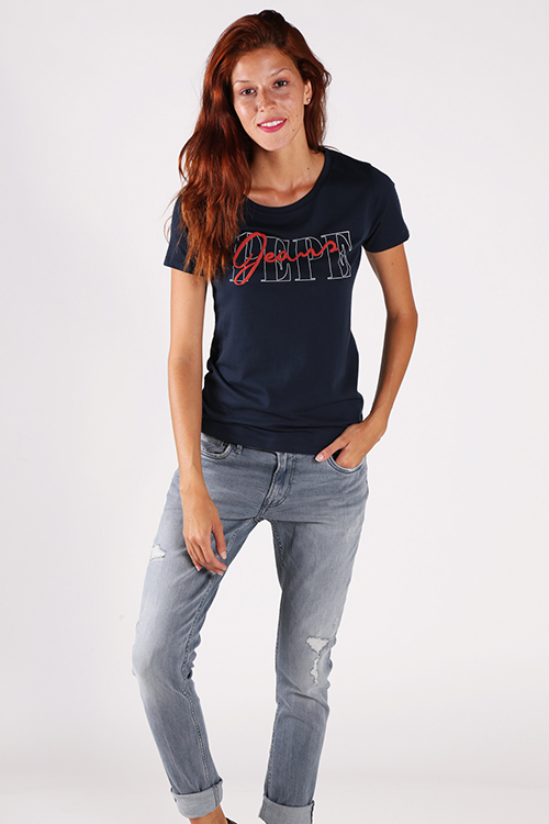 Sandy Women's T-Shirt