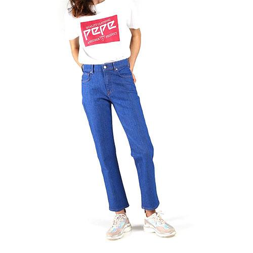 Women-Betties-Blue-Jean