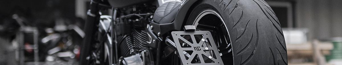Motorradschilder und Rahmen